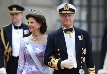29974ED600000578-3122810-Sweden_s_King_Carl_XVI_Gustaf_and_Sweden_s_Queen_Silvia_who_init-a-37_1434256867536